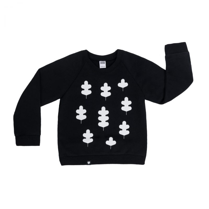 """Детска блуза """"Листа"""" - Черна е с дълги ръкави, 100% памук, с щампа листа отпред."""